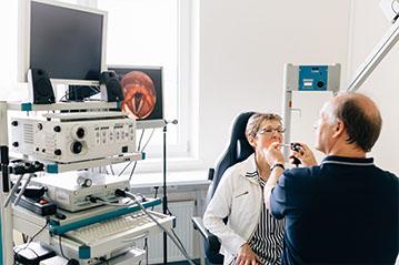Endoskopie und Videostroboskopie
